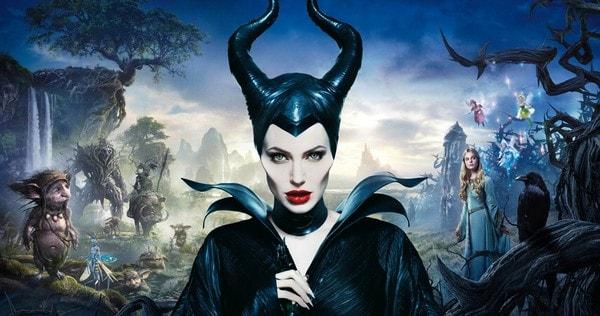 angelina jolie returns to maleficient 2 movie