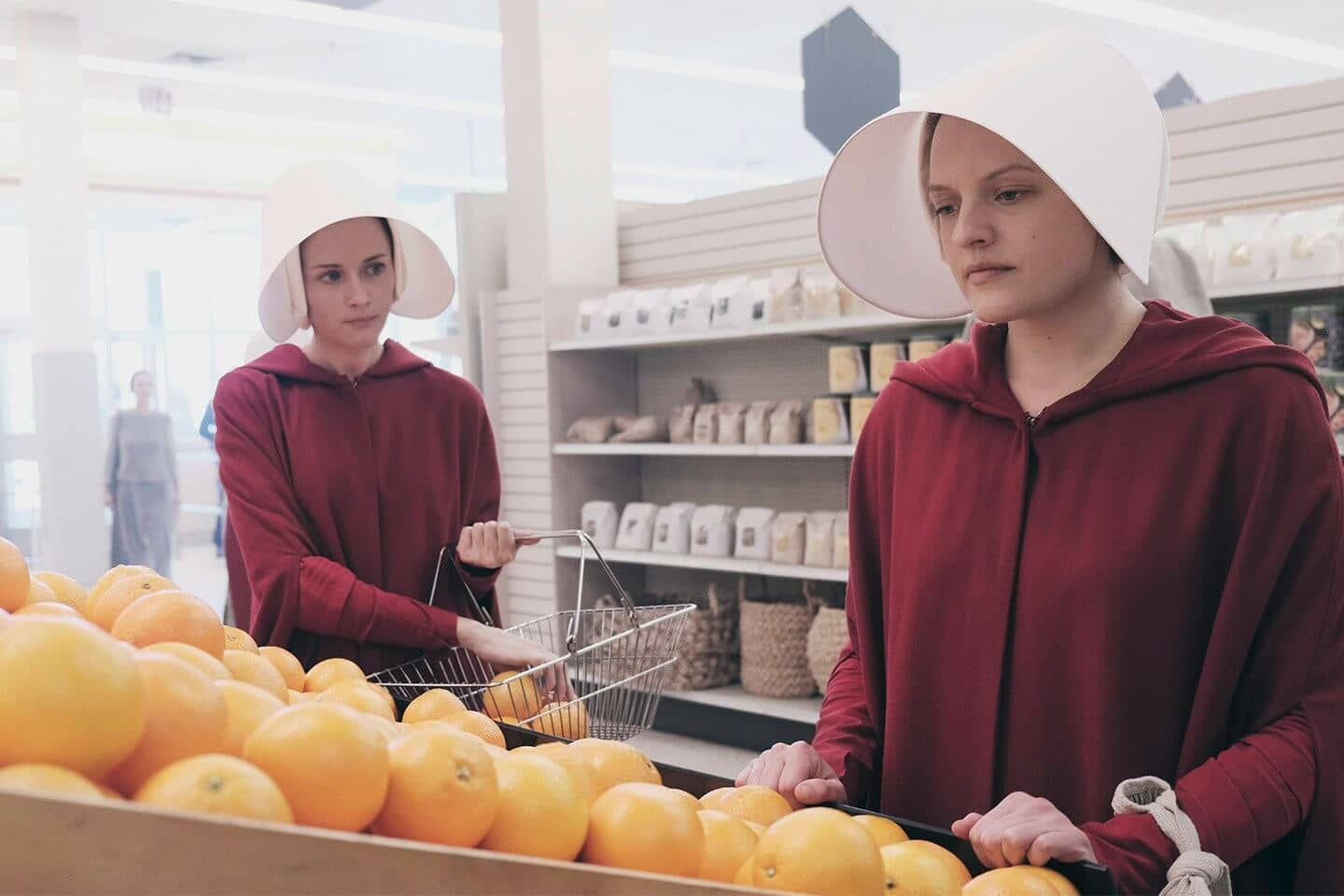 tv show the handmaids tale ofglen and offred